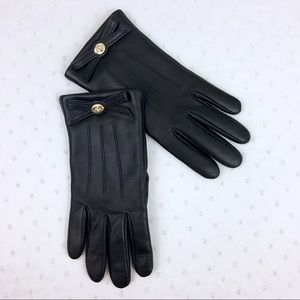 Coach Leather Turnlock Bow Gloves
